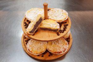 Mohn-Käsekuchen-Törtchen - Stück 1,80 €