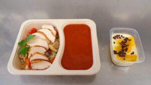 Reis-Gemüsepfanne mit Hähnchenfleisch & Tomatensauce