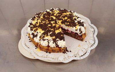 Preiselbeer-Eierlikör-Torte